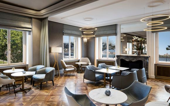 The Ritz-Carlton Hotel de la Paix, Geneva 5*