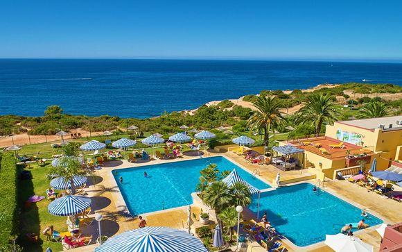 Hotel Baia Cristal 4*