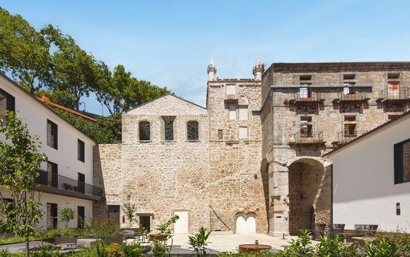 Eleganza sul fiume in un'abbazia storica convertita