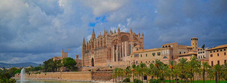 Guía de viaje a Palma de Mallorca para vacaciones inolvidables